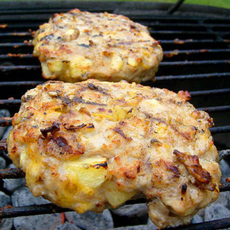 grilled cheesy apple pie chicken burgers