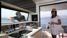 luxury-yachts-PRESTIGE_420_141258732438ext_gallery