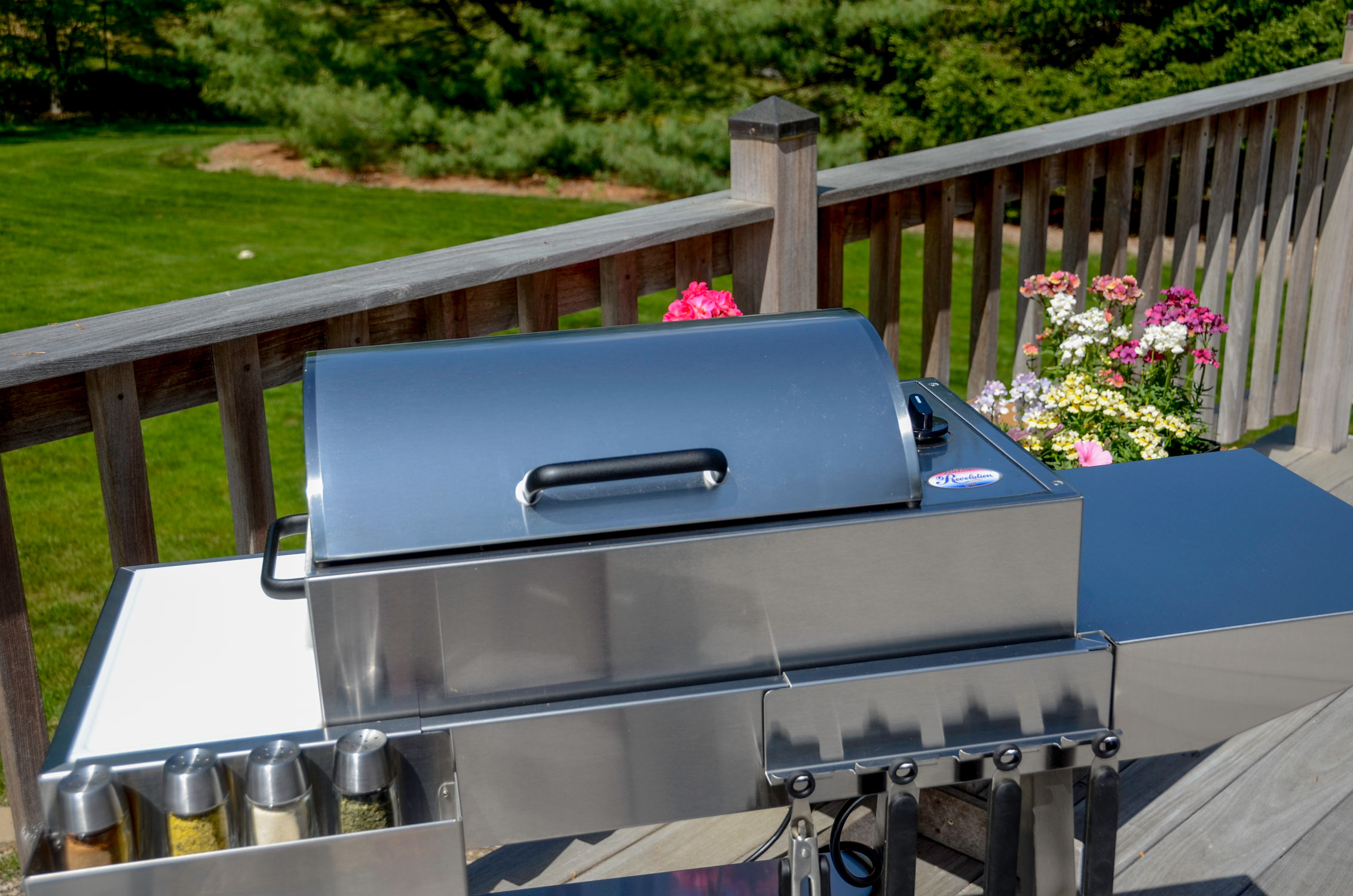 Kenyon Portable Revolution Grill + Cart Package