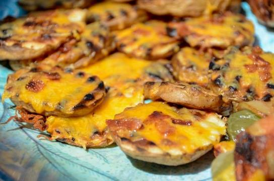 These grilled little slices of cheesy-bacon potato heaven make for a great appetizer, snack, tailgate or party food!
